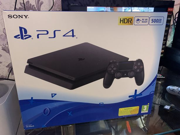 Playstation 4 slim HDR 500g с играми один джестик как на фото