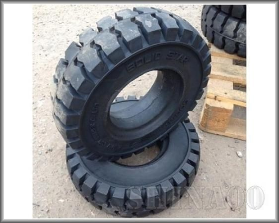 7.00-12 Roadbuster solid H992A